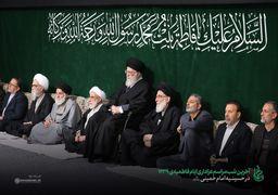 عکسی ویژه از رهبر معظم انقلاب در آخرین شب عزاداری فاطمیه + عکس