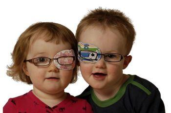 تنبلی چشم در کودکان تا چه سنی قابل درمان است؟