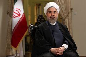 سلفی مسافران نوروزی با حسن روحانی /فیلم