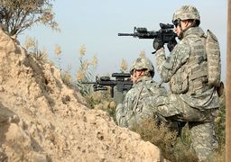 عکس یادگاری با قبر سربازان آمریکایی در ایران ! + تصاویر