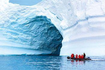 پیدایش حفره اسرارآمیز در قطب جنوب