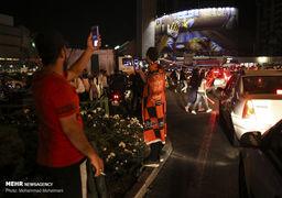تصاویر/ شادی شبانه هواداران پرسپولیس در خبابانهای تهران