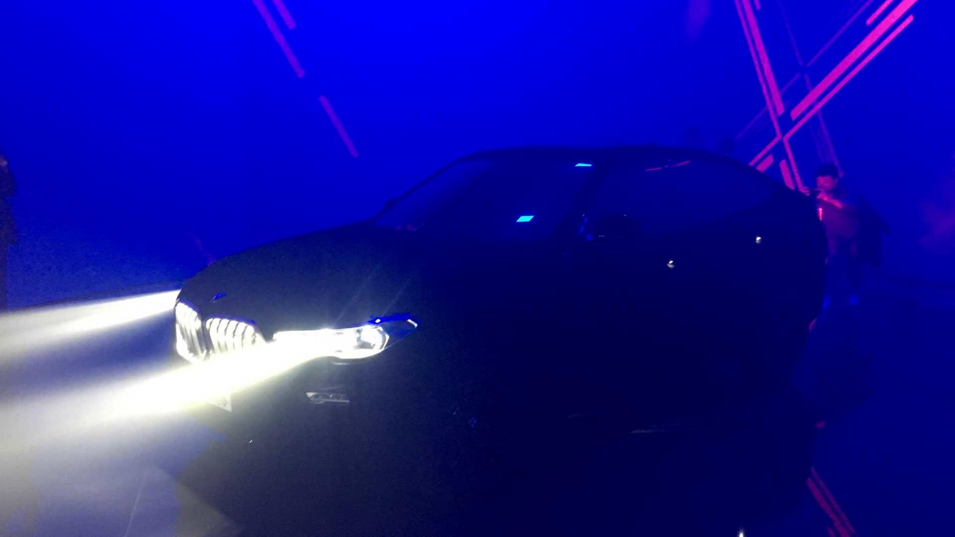 مشکیترین خودروی جهان در نمایشگاه فرانکفورت (+عکس)