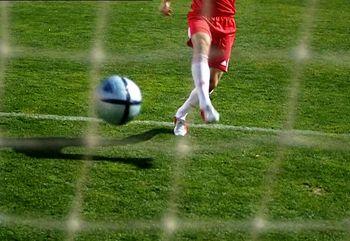 موبایل ممنوع برای فوتبالیست های انگلیسی !