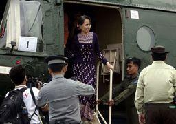 «زن بیرحم» میانمار سرانجام به منطقه کشتار مسلمانان رفت + عکس
