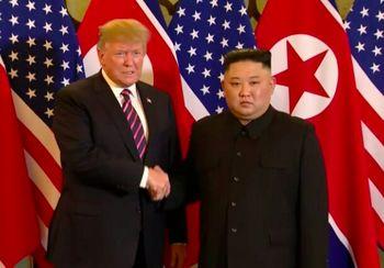 دومین دیدار اون وترامپ برگزار شد؛ ترامپ:از خلع سلاح هستهای کره شمالی عقبنشینی نمیکنم+عکس