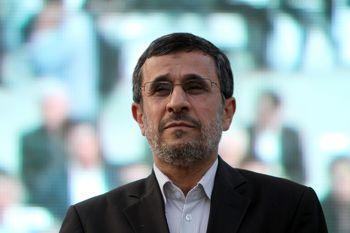 کریمی اصفهانی: بخشی از جامعه از خیانت های احمدی نژاد مطلع نیستند