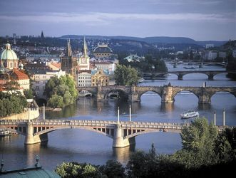 prague-bridges-most-beautiful-cities