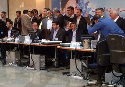 ترافیک برائت جویی اصولگرایان از احمدی نژاد