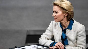 رئیس کمیسیون اروپا: حفظ برجام سخت و سختتر میشود
