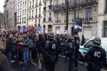 دردسر جدید مکرون؛ انتشار ویدئویی از بازداشت دانشآموزان فرانسوی