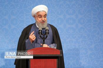 روحانی: میخواستند با فشار حداکثری،  مردم در برابر نظام قرار بگیرند/تورم ماهانه نسبت به قبل روند کاهشی داشته است