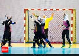مادر«بوقچی» در ورزشگاه ایران ! +عکس